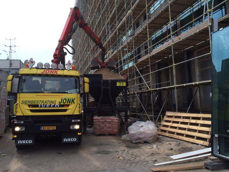 zand/cementhandel - sierbestrating jonk b.v.