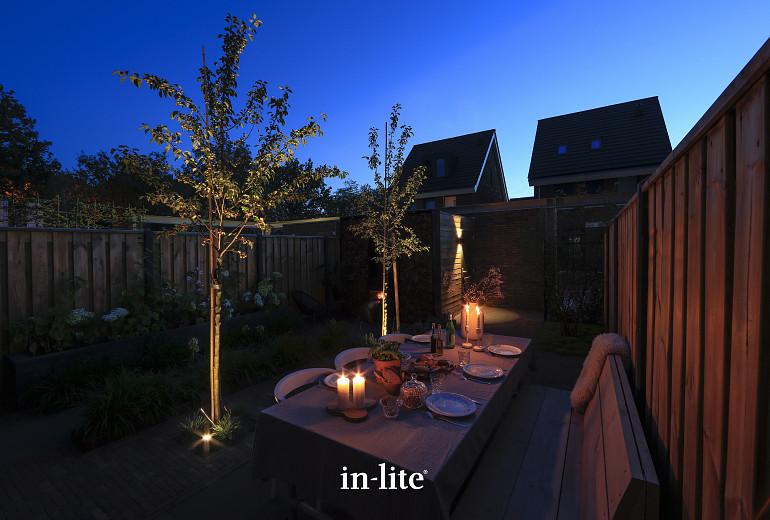 Scandinavische tuin 's avonds voorzien van kant & klaar verlichtingspakket 1